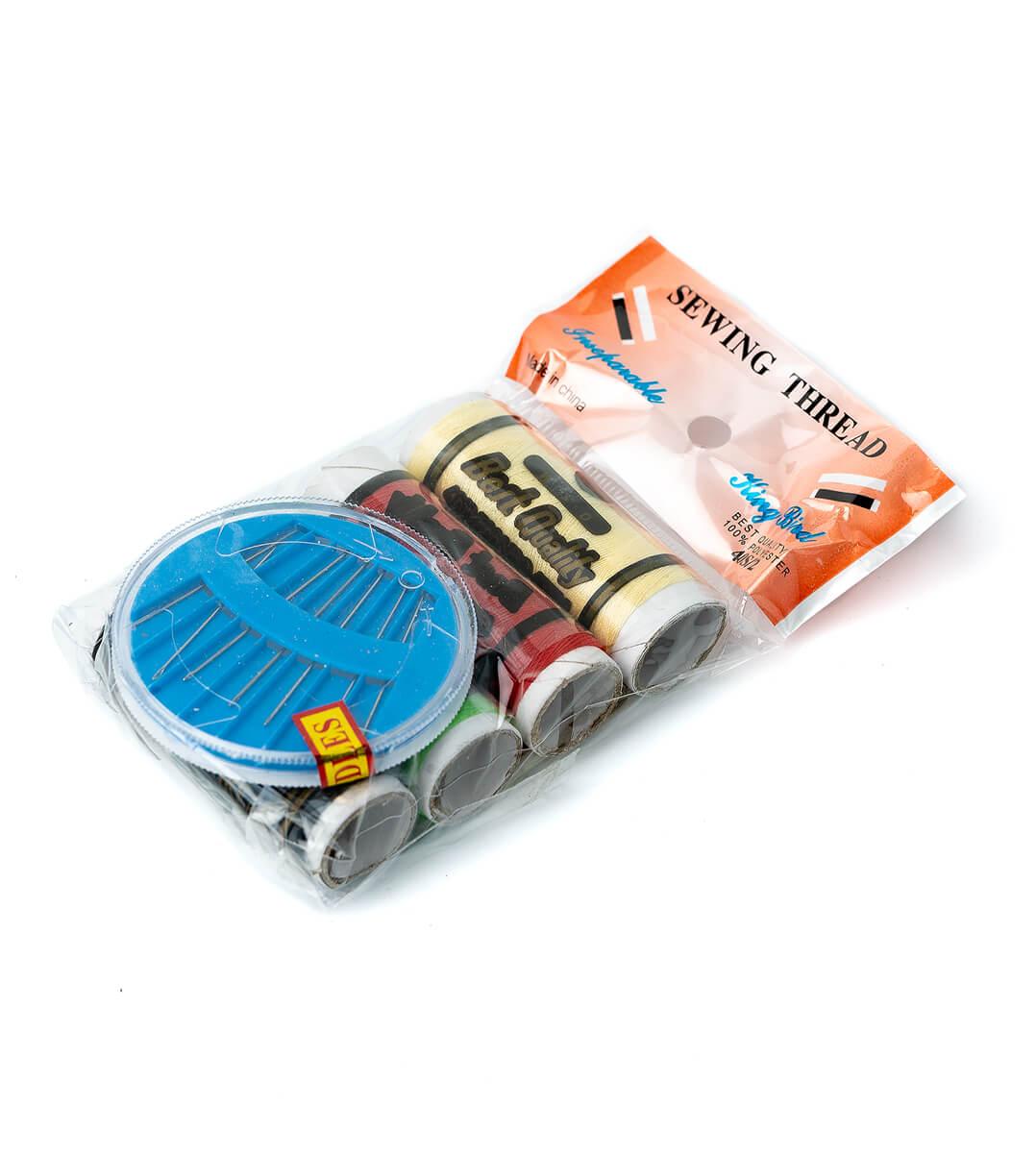 Нитки швейные разноцветные 4шт с набором иголок с